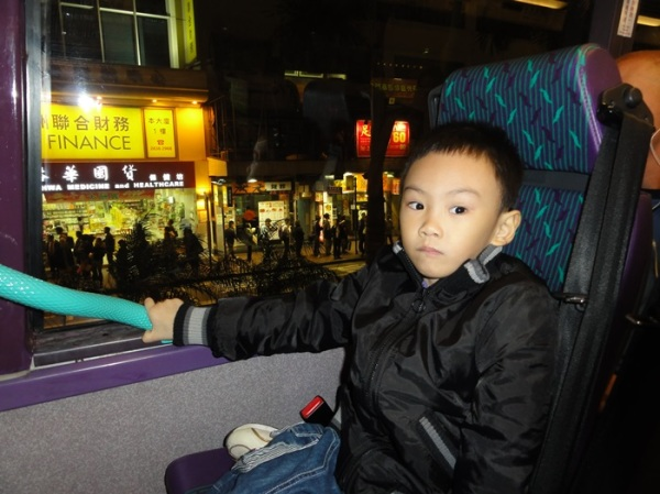 The happiest moment for him was not visiting the tourist attractions, but riding the double decker bus...........