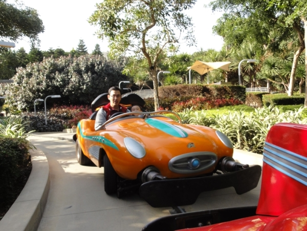 This time with daddy. I just love Autopia......