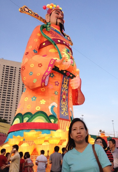 The iconic statue of CNY in River Hongbao, standing tall and strong in the main street
