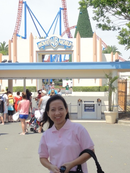 My sister in front of Movie World