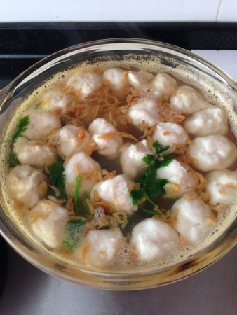 I made tekwan (Indonesia traditional fish ball soup) today