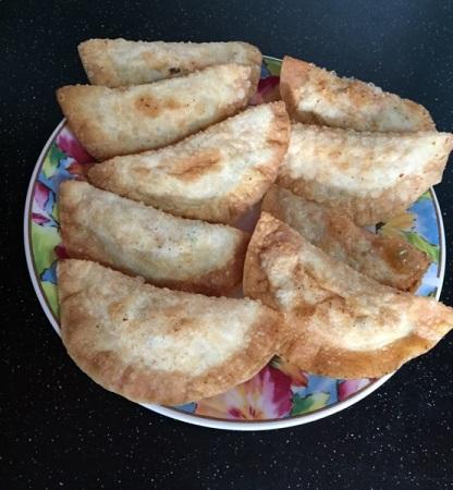 Fried dumplings with tenggiri fish, prawn, carrot, mushroom, and celery