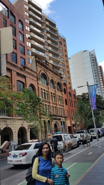 Victoria University was just across Meriton in Kent Street