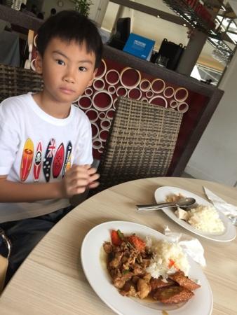 Let's eat.........