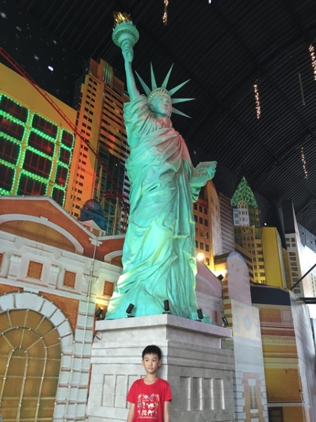 This Liberty Statue was standing in front of............