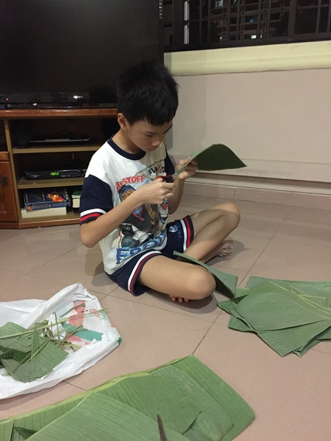 """He helped me cutting the banana leaves. I said: """"If you have nothing better to do, then you better help me with these banana leaves"""" and he was happily came and sit down in front of me"""